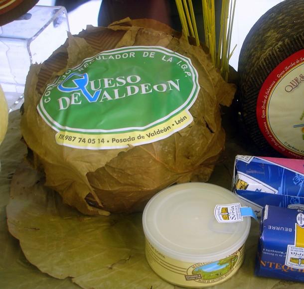 Queso-de-Valdeón-uno-de-los-mejores-quesos-de-Castilla-y-León-1-610x580